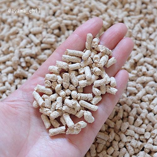 猫砂1番ひのきの粒